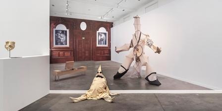 Autour de l'exposition d'Emmanuelle Lainé