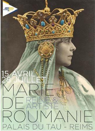 """Les coulisses de l'exposition """"Marie de Roumanie, reine et artiste"""""""