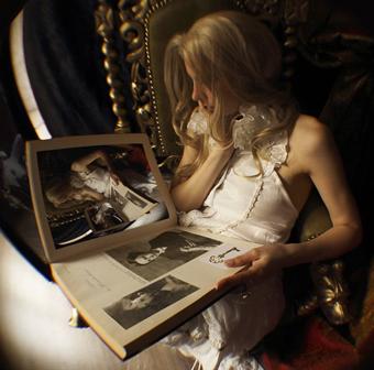 """Exploration imaginaire """"Alice au Pays des Merveilles"""""""