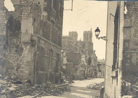 """Expo virtuelle / """"Reims dans la guerre 1914-1918"""""""