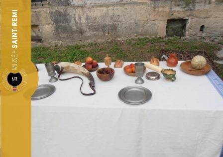 Se nourrir à travers les âges, histoire de l'alimentation et des manières de table